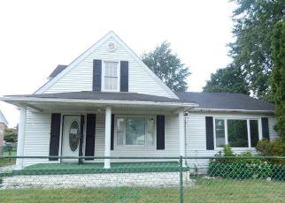 Casa en ejecución hipotecaria in Lorain, OH, 44055,  BOND AVE ID: F4199961