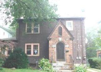 Casa en ejecución hipotecaria in Hartford, CT, 06112,  LITCHFIELD ST ID: F4200192