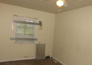 Casa en ejecución hipotecaria in Chicago, IL, 60620,  S LA SALLE ST ID: F4200292