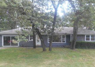 Casa en ejecución hipotecaria in Dolton, IL, 60419,  UNIVERSITY AVE ID: F4200960