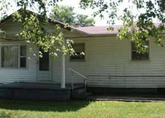 Casa en ejecución hipotecaria in Shepherdsville, KY, 40165,  HACKBERRY LN ID: F4201135