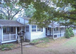 Casa en ejecución hipotecaria in Danbury, CT, 06811,  CLAYTON RD ID: F4201866