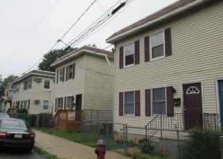 Casa en ejecución hipotecaria in Trenton, NJ, 08618,  CHRISTOPH AVE ID: F4202049