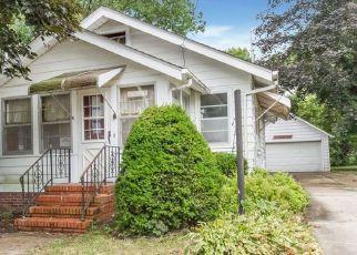Foreclosure Home in Newton, IA, 50208,  N 4TH AVE E ID: F4202257