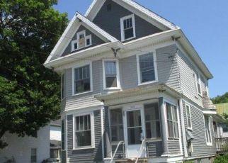 Casa en ejecución hipotecaria in Penobscot Condado, ME ID: F4203146
