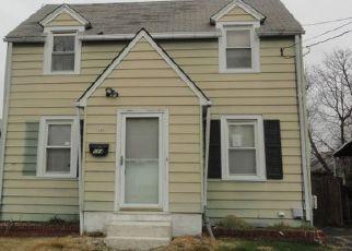 Casa en ejecución hipotecaria in Trenton, NJ, 08638,  GREENLAND AVE ID: F4203626