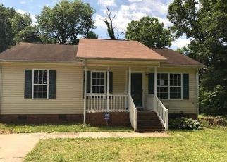 Casa en ejecución hipotecaria in High Point, NC, 27260,  WILLARD AVE ID: F4203790