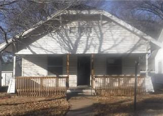 Casa en ejecución hipotecaria in El Dorado, KS, 67042,  W 1ST AVE ID: F4204193