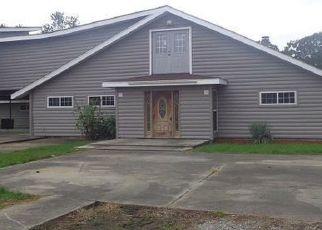 Casa en ejecución hipotecaria in New Iberia, LA, 70560,  CREIGHTON DR ID: F4204311