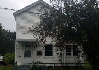 Casa en ejecución hipotecaria in Concord, NH, 03301,  SPRUCE ST ID: F4204825