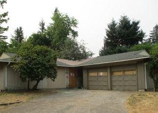 Casa en ejecución hipotecaria in Portland, OR, 97230,  NE 179TH AVE ID: F4205844
