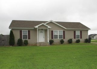 Casa en ejecución hipotecaria in Oak Grove, KY, 42262,  SETTER DR ID: F4206096
