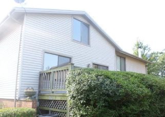 Casa en ejecución hipotecaria in Hazel Crest, IL, 60429,  MEADOW LN ID: F4206153
