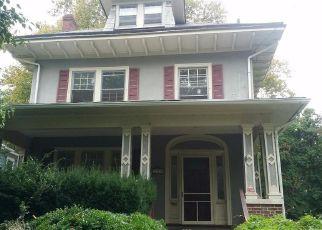 Casa en ejecución hipotecaria in Trenton, NJ, 08618,  MAPLE AVE ID: F4206425