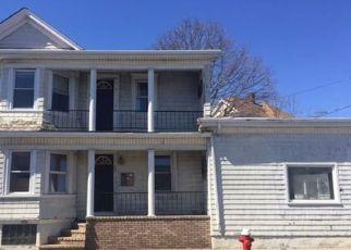 Casa en ejecución hipotecaria in New Bedford, MA, 02744,  COUNTY ST ID: F4207360