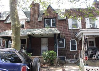 Casa en ejecución hipotecaria in Upper Darby, PA, 19082,  GLENDALE RD ID: F4208004
