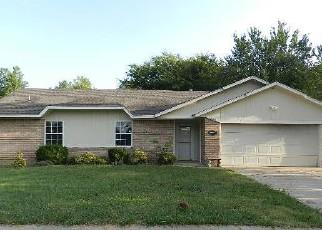 Casa en ejecución hipotecaria in Broken Arrow, OK, 74012,  W CANTON ST ID: F4208046