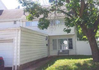 Casa en ejecución hipotecaria in Staten Island, NY, 10312,  BARCLAY CIR ID: F4208095