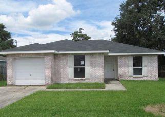 Casa en ejecución hipotecaria in Marrero, LA, 70072,  ELIZABETH ST ID: F4208522