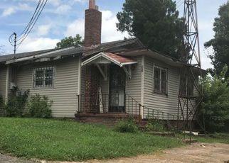 Casa en ejecución hipotecaria in Jackson, TN, 38301,  CAMDEN ST ID: F4208910