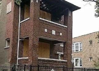 Casa en ejecución hipotecaria in Chicago, IL, 60629,  S ARTESIAN AVE ID: F4210044