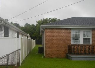 Casa en ejecución hipotecaria in Marrero, LA, 70072,  MANSFIELD AVE ID: F4210227