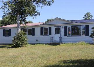 Casa en ejecución hipotecaria in Oxford Condado, ME ID: F4210255