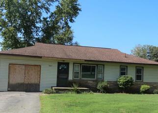 Casa en ejecución hipotecaria in Clinton, TN, 37716,  NAVE ST ID: F4210960