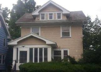 Casa en ejecución hipotecaria in Rochester, NY, 14619,  DEVONSHIRE CT ID: F4211096