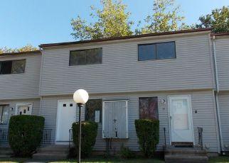 Casa en ejecución hipotecaria in West Haven, CT, 06516,  CANTON ST ID: F4211382