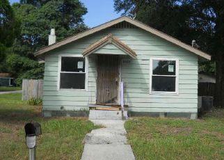 Casa en ejecución hipotecaria in Tampa, FL, 33604,  N TALIAFERRO AVE ID: F4211473