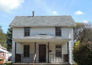 Casa en ejecución hipotecaria in Whiteside Condado, IL ID: F4212392