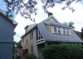 Casa en ejecución hipotecaria in Rochester, NY, 14621,  VERSAILLES RD ID: F4212617