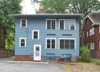 Casa en ejecución hipotecaria in Lakewood, OH, 44107,  CLIFTON BLVD ID: F4212791