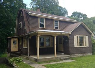Casa en ejecución hipotecaria in Springfield, VT, 05156,  COMMONWEALTH AVE ID: F4213031