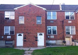 Casa en ejecución hipotecaria in Darby, PA, 19023,  PINE ST ID: F4213179