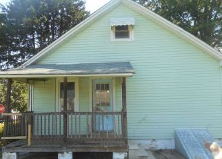 Foreclosure Home in New Castle, DE, 19720,  MINQUADALE BLVD ID: F4213265