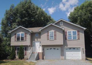 Casa en ejecución hipotecaria in Bunker Hill, WV, 25413,  WENDOVER DR ID: F4213283