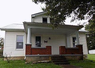 Casa en ejecución hipotecaria in Frankfort, KY, 40601,  NOEL AVE ID: F4213325