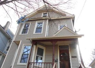 Casa en ejecución hipotecaria in Poughkeepsie, NY, 12601,  N CLINTON ST ID: F4213617