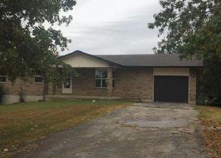 Casa en ejecución hipotecaria in Saint Robert, MO, 65584,  HINTON LN ID: F4213668