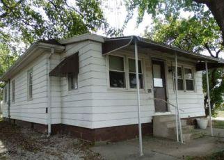 Casa en ejecución hipotecaria in Christian Condado, IL ID: F4213804
