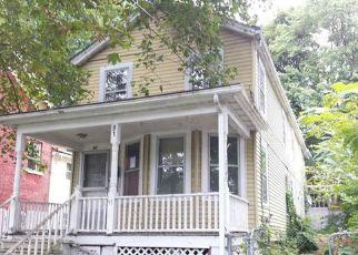 Casa en ejecución hipotecaria in Poughkeepsie, NY, 12601,  DELAFIELD ST ID: F4214552