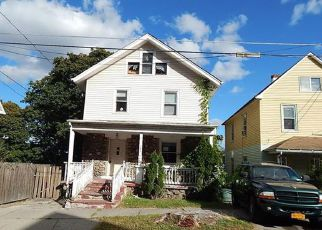 Casa en ejecución hipotecaria in Middletown, NY, 10940,  N BEACON ST ID: F4214724