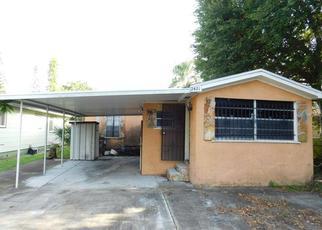 Casa en ejecución hipotecaria in Saint Petersburg, FL, 33712,  14TH AVE S ID: F4215244