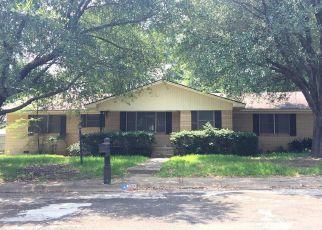 Casa en ejecución hipotecaria in Henderson, TX, 75654,  WESTWOOD DR ID: F4215837