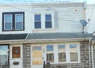 Casa en ejecución hipotecaria in Upper Darby, PA, 19082,  ARLINGTON AVE ID: F4216182