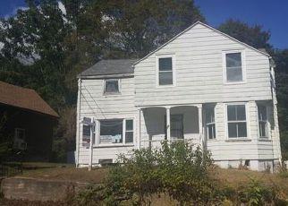 Casa en ejecución hipotecaria in Norwich, CT, 06360,  MOUNT PLEASANT ST ID: F4216352