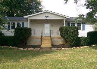 Casa en ejecución hipotecaria in Shepherdsville, KY, 40165,  WEAVERS RUN ID: F4217284