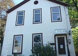 Casa en ejecución hipotecaria in Troy, NY, 12180,  BEDFORD ST ID: F4217696